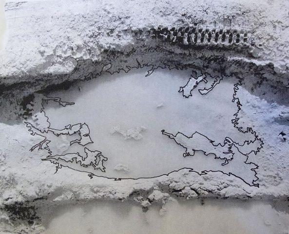Normal portuguese puddle web